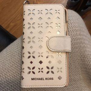 Michael Kors iPhone 6/7/8 wallet case